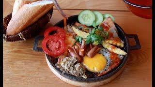 Combo Breakfast Skillet – Bánh Mì Chảo