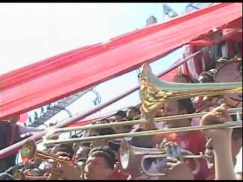 """Trompetas. Pideme la luna VS Huracan"" Barra: La Barra del Rojo • Club: Independiente • País: Argentina"