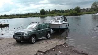 preview picture of video 'River Dee Chester Launching and Sailing.m2ts'