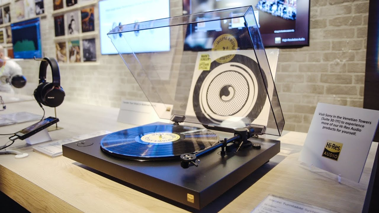 This is Sony's new PS-HX500 turntable — CES 2016 thumbnail