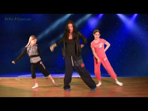 How to do a Michael Jackson Dance Step - YouTube