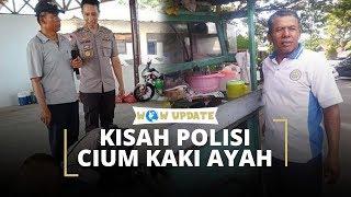 Kisah Dibalik Foto Seorang Polisi yang Mencium Kaki Seorang Pria Paruh Baya di Kota Palu