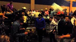 Pelea En Baile De Gerardo Ortiz