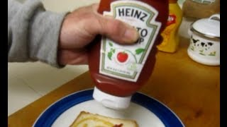 Worst Ketchup Bottle Of All Time - Stupid Heinz Tries To Reinvent The Wheel !!