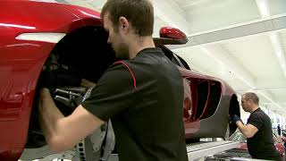 McLaren Factory: Assembly supercars (Manufacturing process)