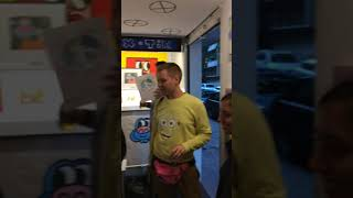 Video from MACOLEN.