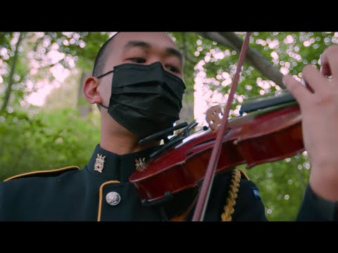 """The U.S. Army Strings perform """"A Single Bamboo Can Easily Bend"""" 一根竹竿容易弯"""
