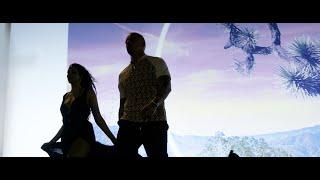 Kadr z teledysku Wenn du mich siehst tekst piosenki RAF Camora & Juju