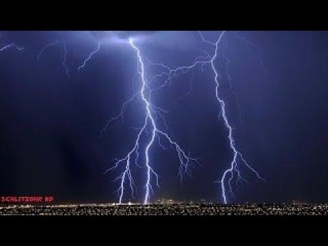 Gewittergeräusche: Regen und Donner Entspannung zum Einschlafen\/Rain and Thunder Sounds fo