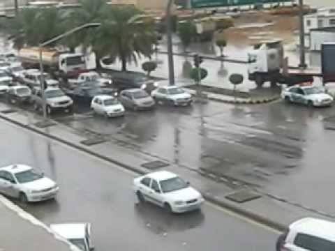 امطار مدينة الرياض-النسيم طريق المية