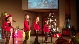 """12*3*2011 Luna sings """"Holiday in your Heart"""" w/ Glee Club"""