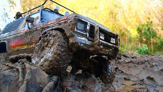 Rc truck off road mudding !