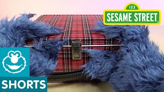 Sesame Street: Cookie Monster Unboxes a Lunchbox