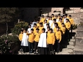 L'Escolania de Montserrat rep la visita d'una coral de Corea del Sud