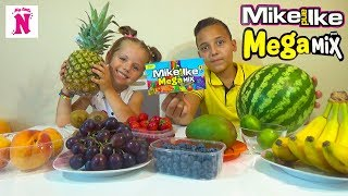 Конфеты ПРОТИВ настоящей еды ЧЕЛЛЕНДЖ Mike and Ike Candy VS Real food CHALLENGE