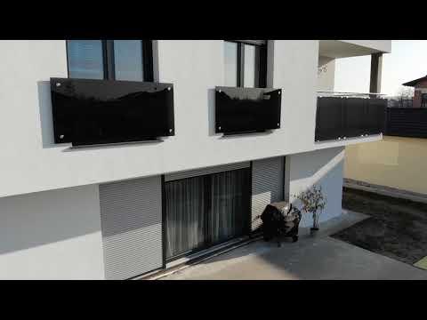 Französischer Balkon und Glasgeländer / AS Edelstahlbau
