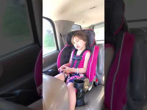 "Young girl singing ""Knocking Boots"" by Luke Bryan"