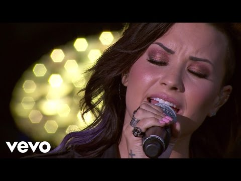 Demi Lovato - Skyscraper (Tour Warm-Up Live from the Honda Stage)