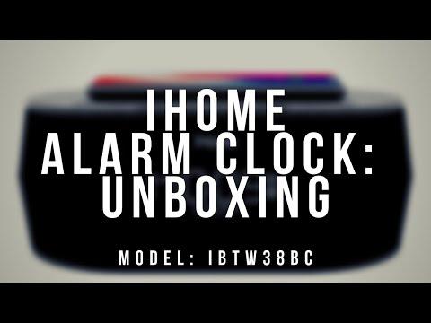 CES 2018 - iHome Wireless Charging Dual Alarm Clocks