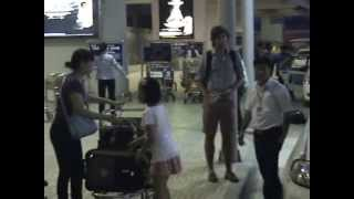 preview picture of video 'Hanoi Airport Scams - Please be very careful - www.kangaroocafe.com'