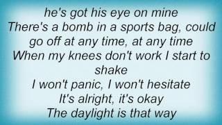 A - 6 O'Clock On A Tube Stop Lyrics