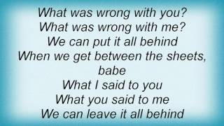 411 - Between The Sheets Lyrics