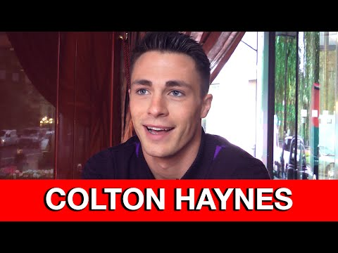 Colton Haynes Interview - Arrow, Teen Wolf, bloopers & deleted Thea scenes | MTW