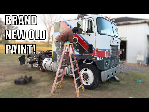 BRINGING 30 YEAR OLD PAINT BACK TO LIFE ON MY CABOVER!