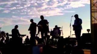 "Donavon Frankenreiter performs ""Lovely Day"" live at Salt Creek 10/30/11"