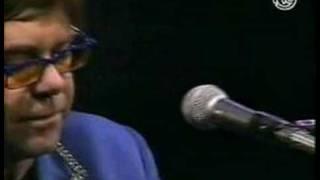 Elton John - House ( Solo in Spain, 1999)