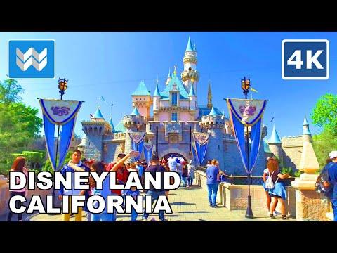 Walking tour of Disneyland Park in Anaheim, California 【4K】