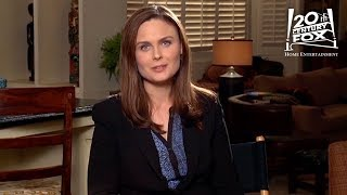Bones | Dying to Know: Bones Answers Your Questions! | FOX Home Entertainment