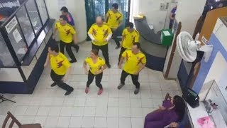 Vuelve a bailar el notario Séptimo de Bucaramanga Colombia. fifa world cup 2018
