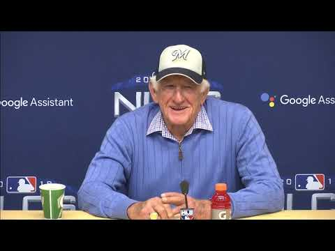 Bob Uecker's full NLCS press conference