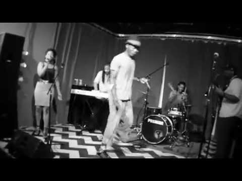 Femi The DriFish & The Out Of Water eXperience- Representing Lovely LIVE @ The Windup Space