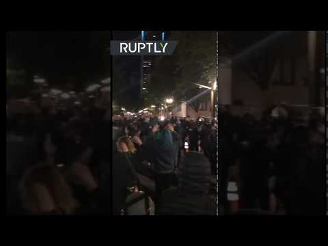 US police use tear gas & grenades on protesters during Floyd demo in Portland