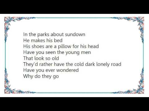 Leo Sayer - The Streets of Your Town Lyrics