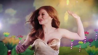 ZOË - Loin d'ici (Official Lyrics Video)