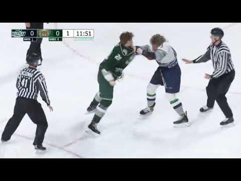 Conrad Mitchell vs Cade McNelly