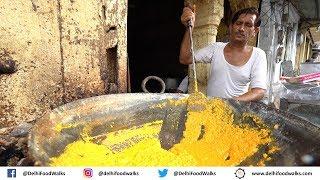 Gwalior STREET Food Tour - HUGE 800gm Balushahi + Unique KARELA Chaat + Mango Kalakand