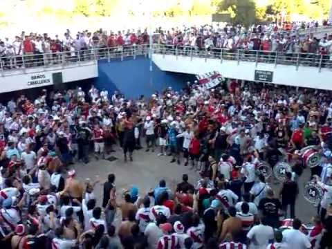 """""""previa (river - deportivo merlo)millonario te vinimos a ver, ponga huevo no podes perder!"""" Barra: Los Borrachos del Tablón • Club: River Plate"""