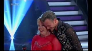"Dancing Stars 2012 ~ Brigitte Kren & Willi Gabalier ~ Cha-Cha-Cha zu ""Sexbomb"" ~"
