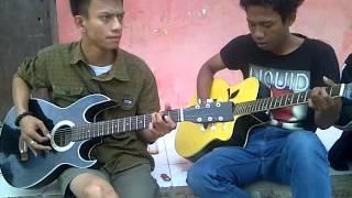 Iwan Fals - Mencetak Sawah ( Cover Guitar @muhzalevi & Khezong )