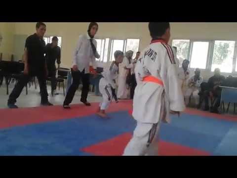 شاهد بالفيديو :  شاهد مهارة طفل حائز على الحزام الاسود في رياضة التكواندو يطمح للعالمية