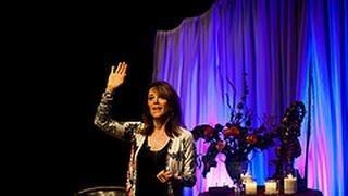 """The Art of Aligning Body & Soul"" Marianne Williamson at Wanderlust's Speakeasy"