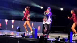 Sígueme y te sigo & Pose Daddy Yankee 26/09/15 GEBA