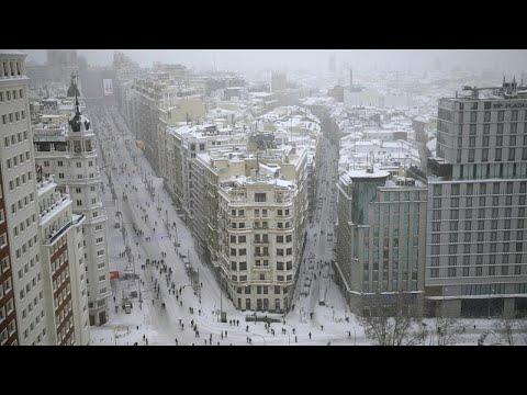 Ισπανία: Τέσσερις νεκροί από τη χιονόπτωση – Έρχεται παγετός…