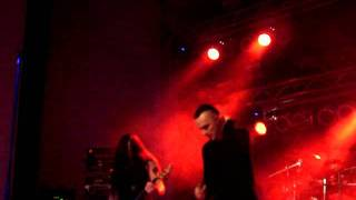 Dreadful Shadows - A better god (live @ Stadthalle Marienberg 2011)