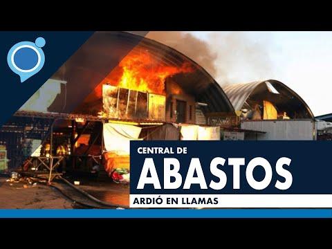 Impactantes imágenes, incendio en central de abastos de Oaxaca.