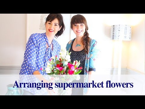 Download How To Arrange Supermarket Flowers MP3 and Video